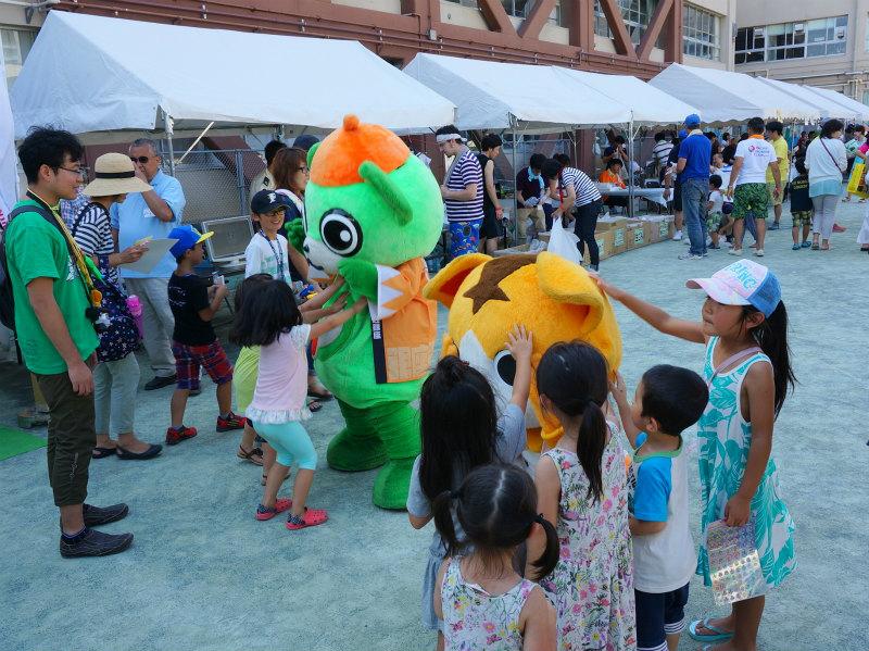 昨年の三ツ木小学校の区民祭